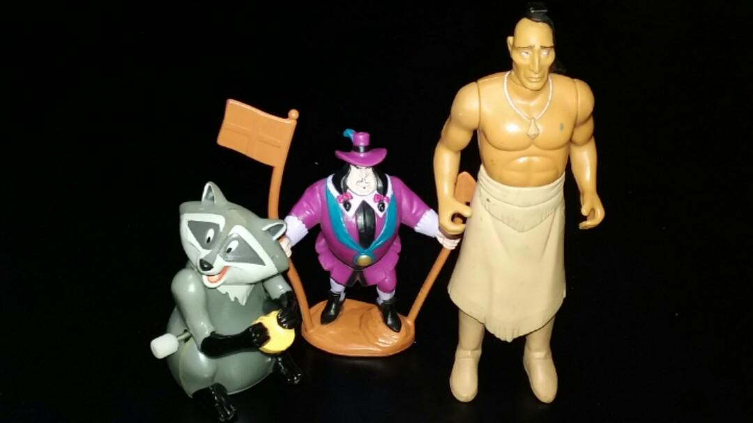 DISNEY movie toy Figures lot (Pocahantas, Cinderella, Hunchback of NotreDame, Beauty and the Beast, Peter Pan, ToyStory, Winnie the Pooh)