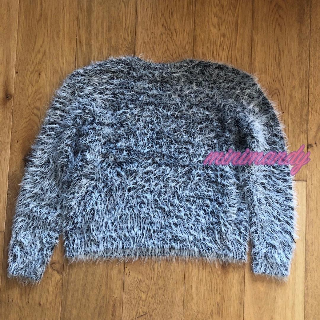H&M grey jumper fur cropped top sweater long sleeves size S #SundayMarket