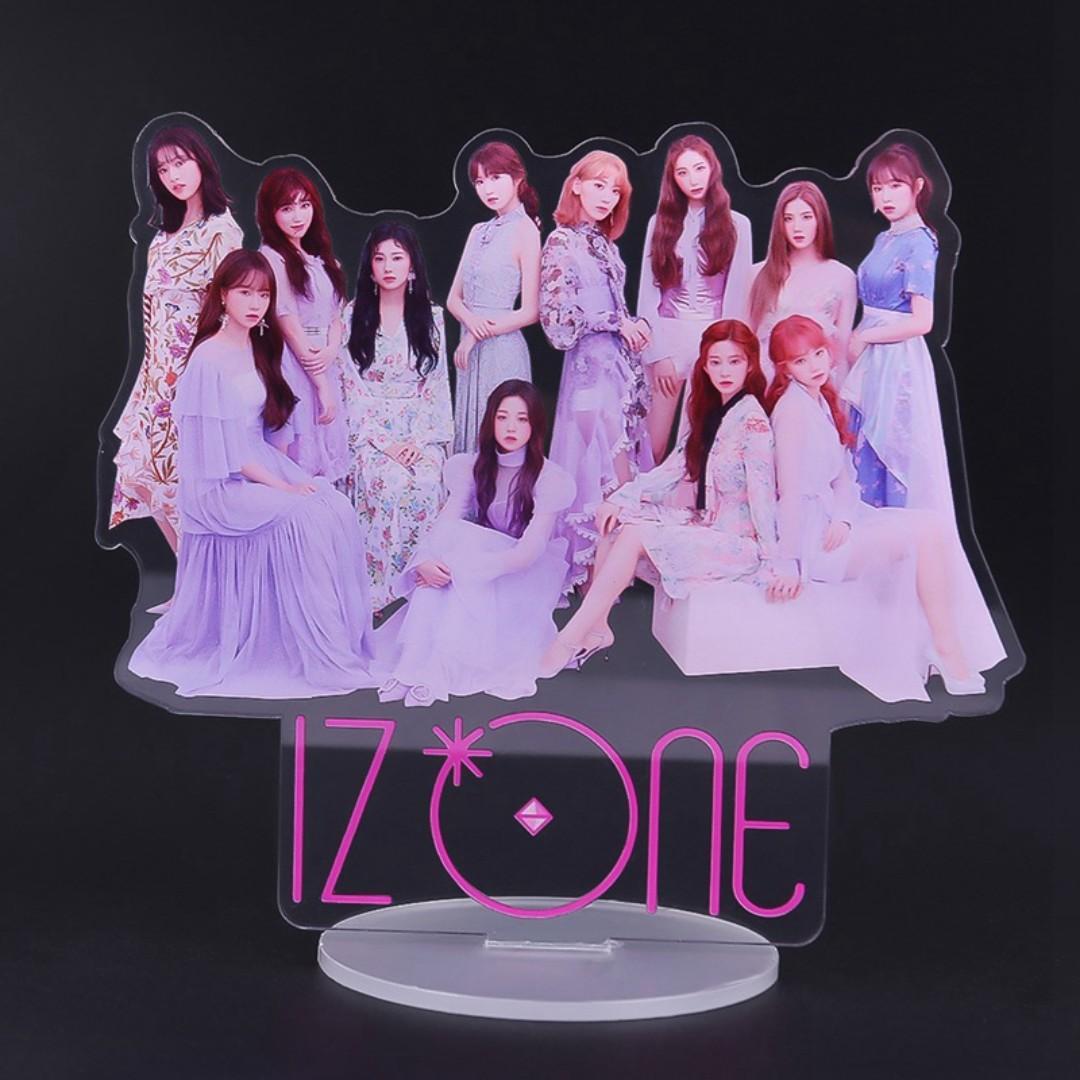 IZ*ONE Acrylic Figure/Figurine/Stand (IZONE), Entertainment