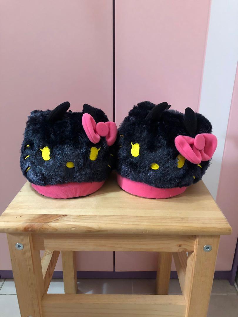 🈹魔鬼kitty毛毛拖鞋