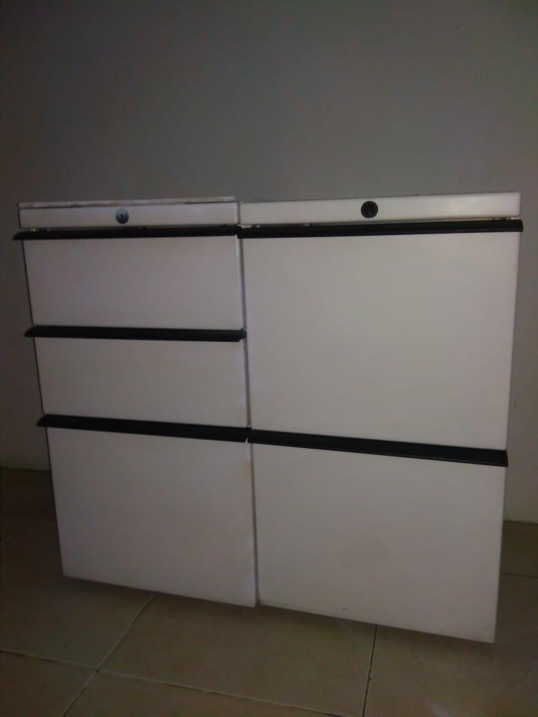 Lemari besi, filing kabinet