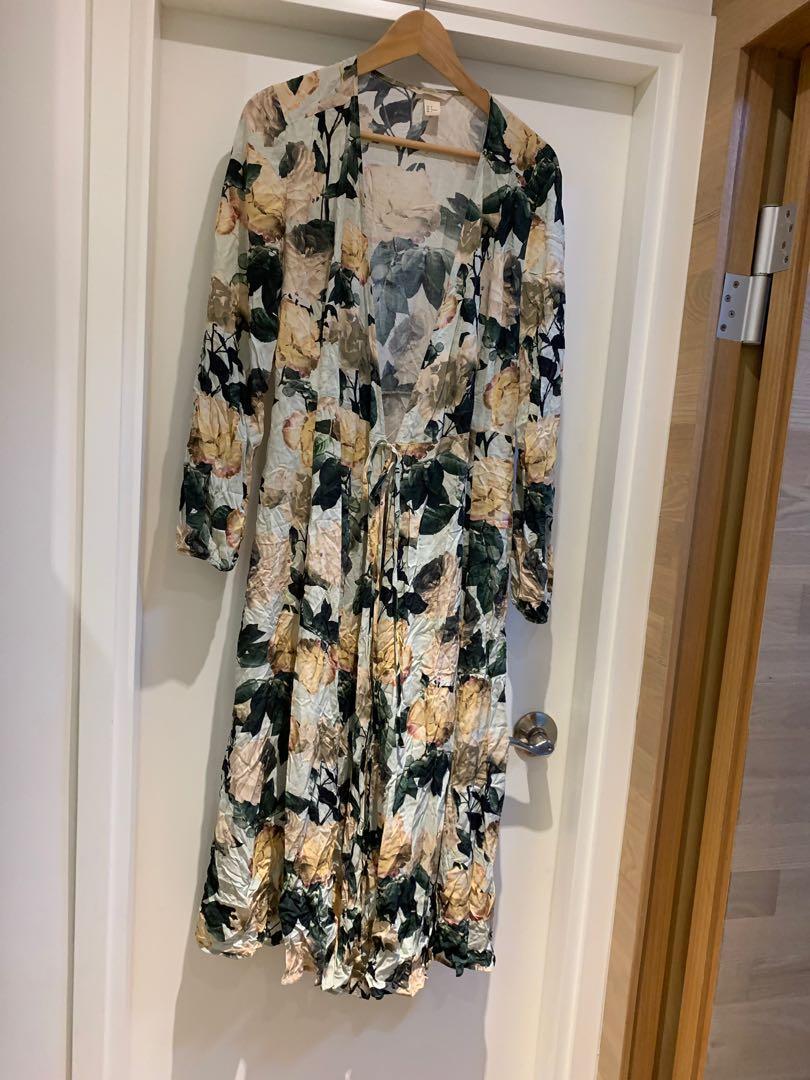 New Long Coat Size 36 (全新 薄長身外套 36碼)