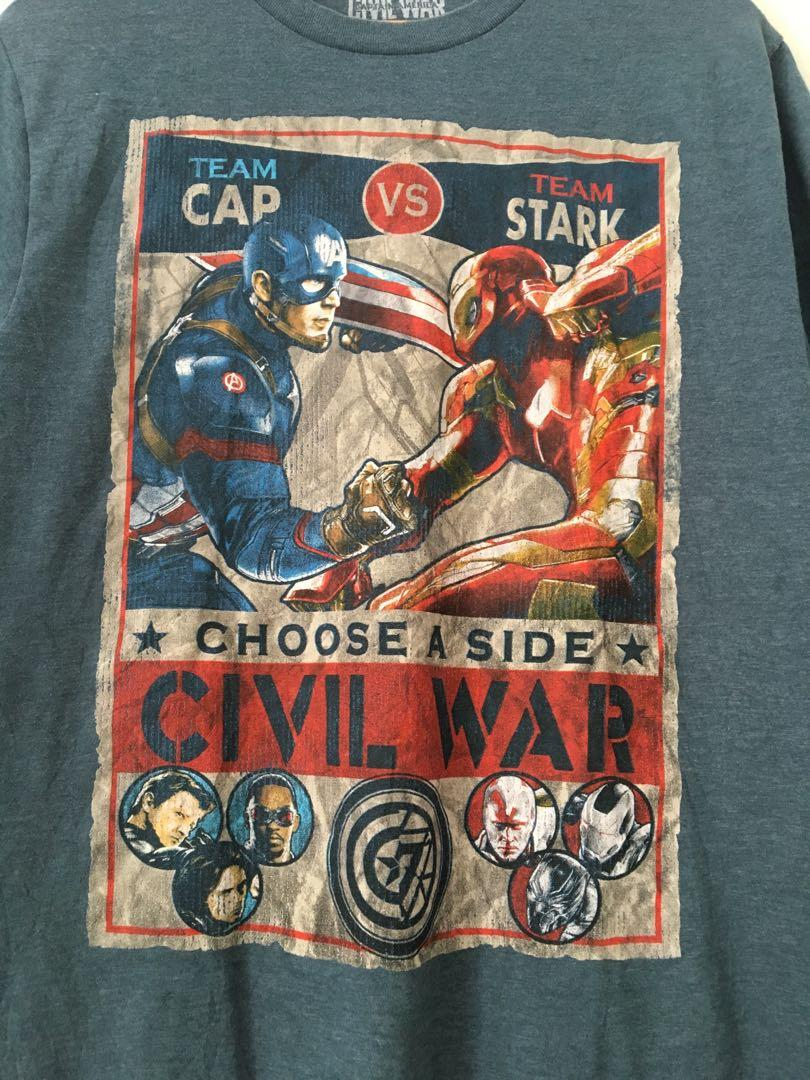 Official Merchandise Ironman vs captain america
