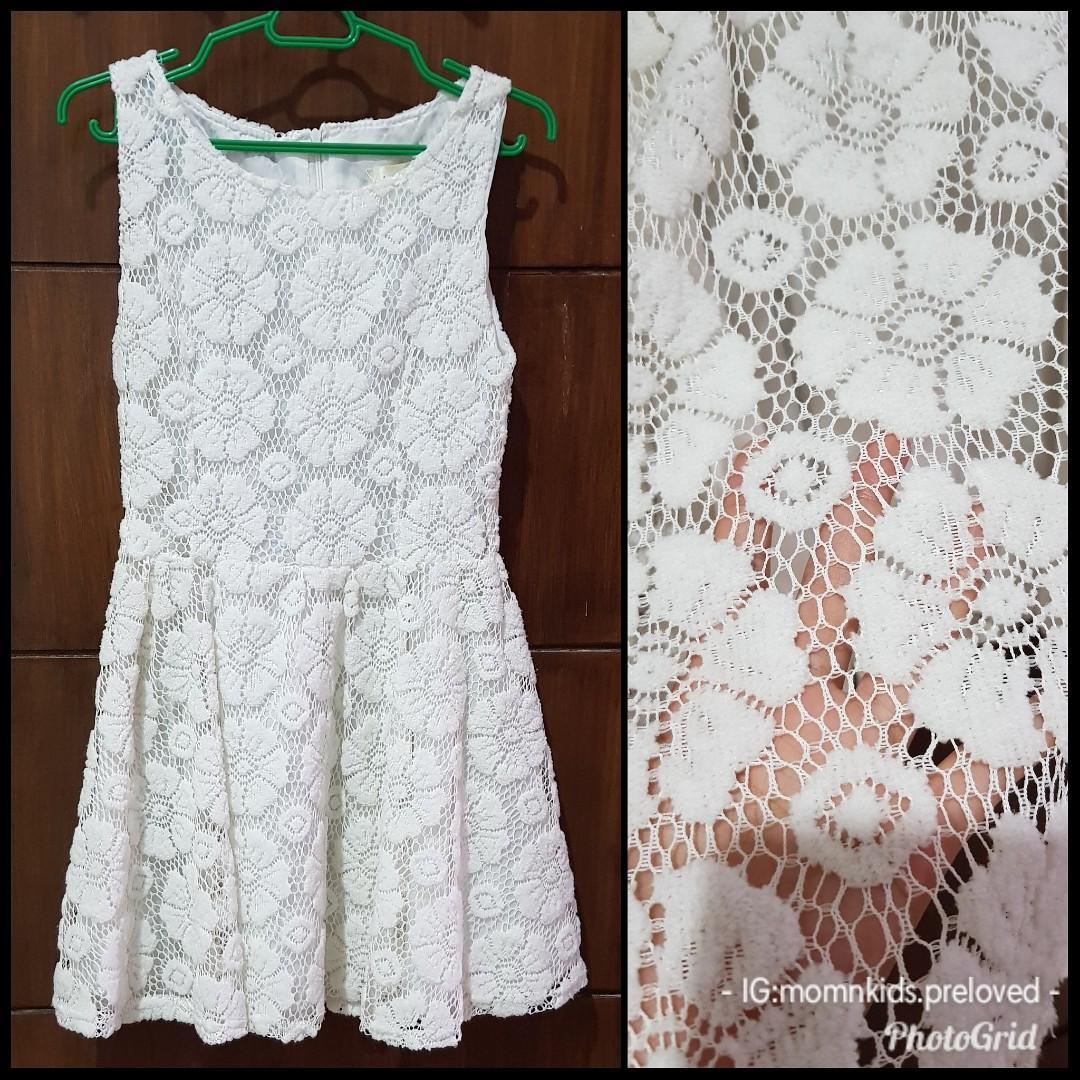 PRELOVED WHITE DRESS BRUKAT