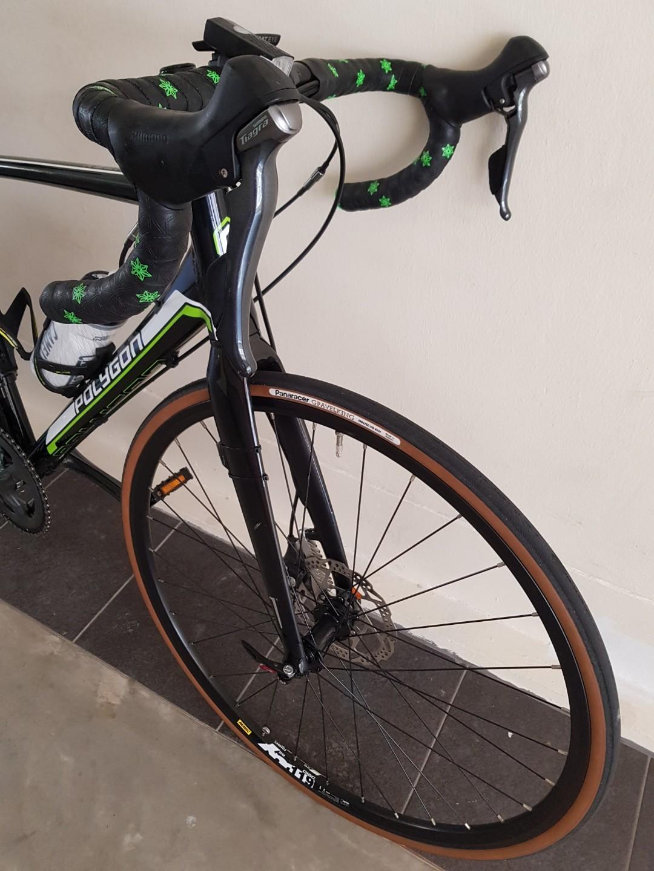 Selling 2017 Polygon Helios C4 Disc Road Bike