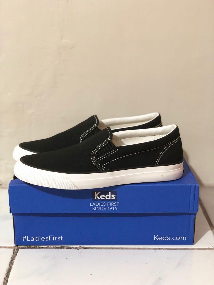 Sepatu Keds Baru