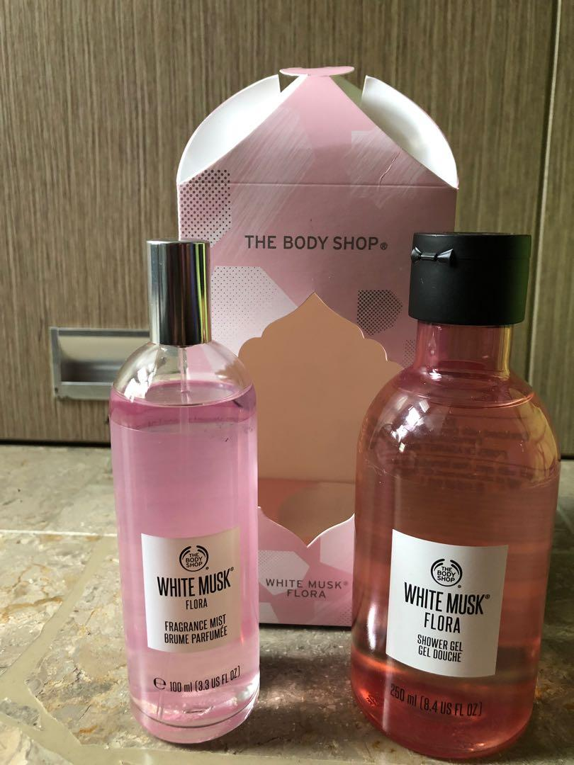 The Body Shop - White Musk Flora Package