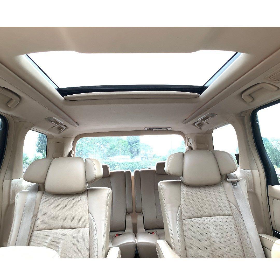 Toyota Alphard 2.5 High Spec