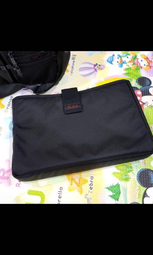 Tumi Expandable Medium Screen Briefcase