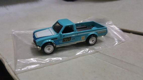 Hotwheels Datsun 620 (Blue) rivet from truck series *rubber tires *pickup truck *JDM *classic *oldschool