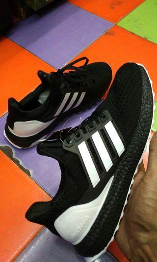 Sepatu Adidas Ultraboost Black White