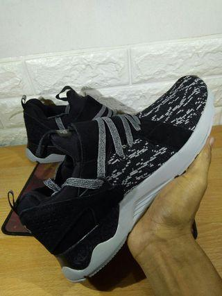 Sepatu Asics Gel lyte Black White