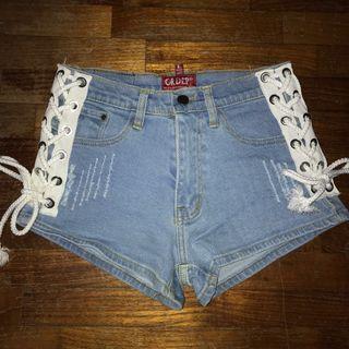 🚚 Lace up denim shorts