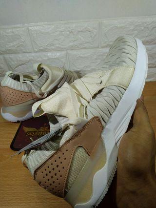 Sepatu Asics Gel lyte White Cream