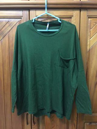 墨綠寬鬆薄長袖上衣