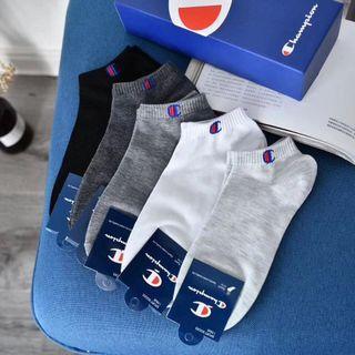🚚 🦶把潮流穿在腳底下5️⃣雙裝ㄧ盒經典冠軍純棉帆船襪短襪