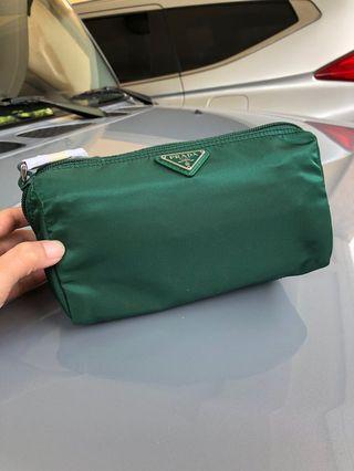 ddac5569f5b authentic prada bag | Luxury | Carousell Philippines