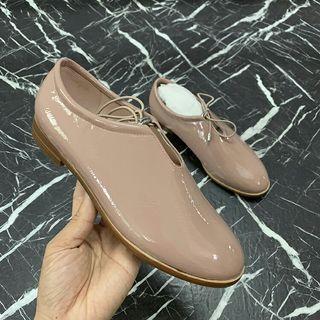皮鞋(粉裸&黑色) 35 36 37 38號