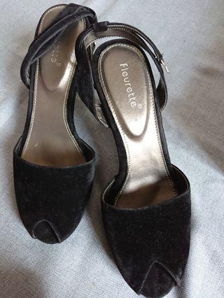 #maujam Sepatu Heels Wanita