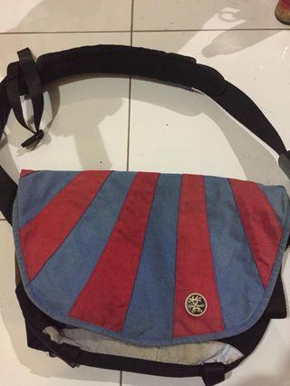 Sling Bag Crumpler Red Blue