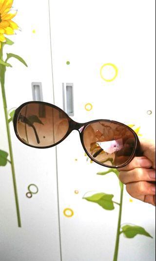 🚚 Made in Japan超美墨鏡 鏡片有250度數