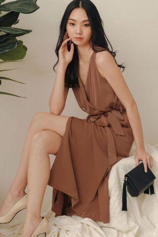 🚚 Fashmob Ally Trench Midi Dress in Caramel Fashion mob