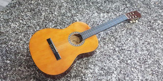 🚚 Tgm classic guitar