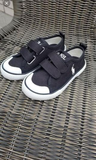 Polo鞋