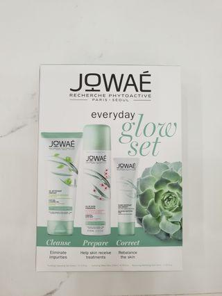 MOTHERS DAY! JOWAE Everyday Glow Set - Full-size Cleanser + Mist + Moisturiser