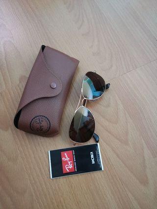 🚚 $200! Rayban Polarized Sunglasses