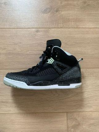 Air Jordan Oreo Spizikes 30 year anniversary edition. USA size 11. 99% brand new