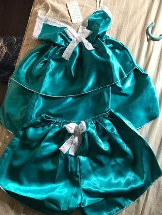 🚚 New silky Sleepwear set
