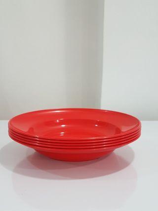Offering plastic big size plates