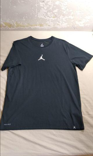 清櫃!95%new Nike AJ basketball tee, sz XL