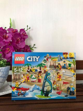 Lego City 60153 - People at the Bech