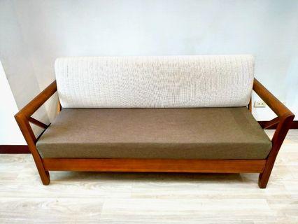 實木三人沙發