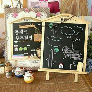 🚚 韓版木屋造型可立掛兩用黑板留言板/ 塗鴨板 公告板 價位板 廣告板 房子留言板
