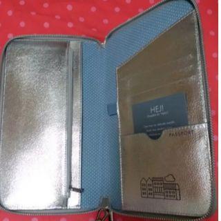 Kikki.k travel wallet (silver)