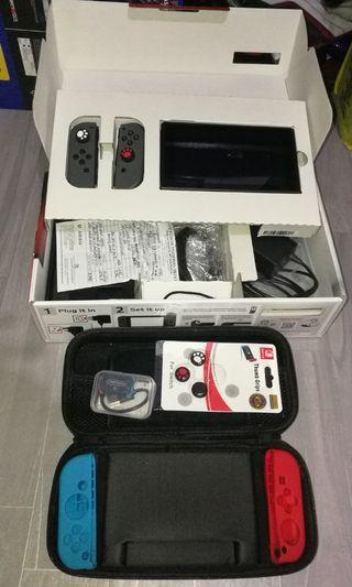 Nintendo switch with 258gb full of games