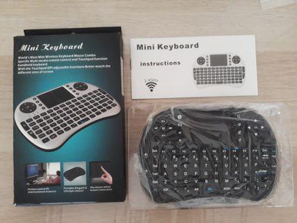 Wireless Mini Keyboard (White or Black)