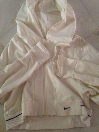 Authentic Nike Cropped Top sweater