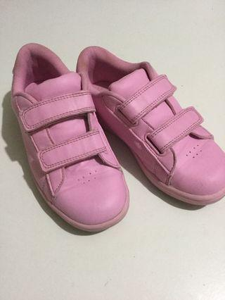 Young Dimension toddler's rubber shoes