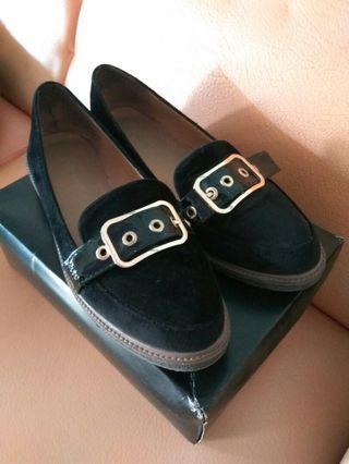 #BAPAU Sepatu semi wedges