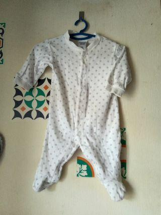 Dot sleepsuit