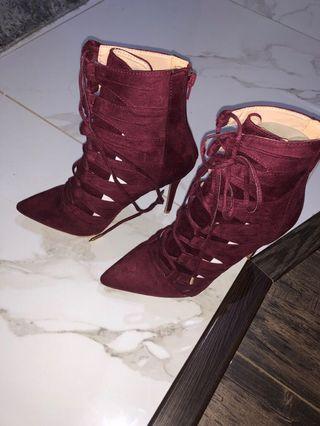 4 inch Lola shoe boutique Heels