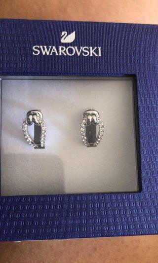 🚚 Swarovski Earrings
