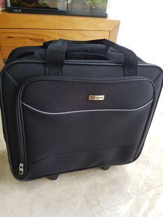 🚚 Targus laptop trolley bag