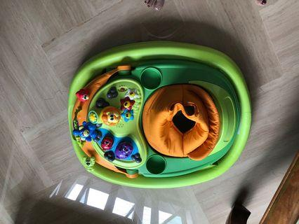 🚚 Baby walker- perfect condition, used 5 months