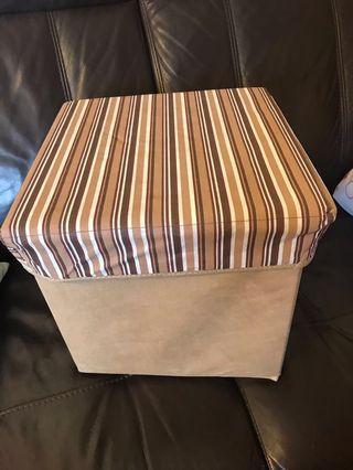 儲物箱 (2個 $55)