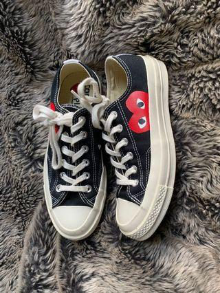 cdg converse low cut black
